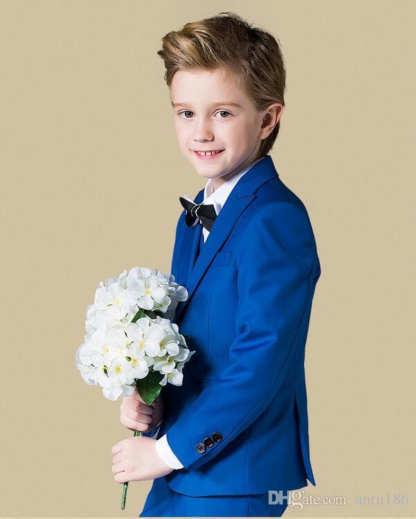 Özelleştirilmiş yeni çocuk erkek takım elbise üç parçalı takım elbise (ceket + pantolon + yelek), moda Avrupa ve Amerikan tarzı, ince işçilik.