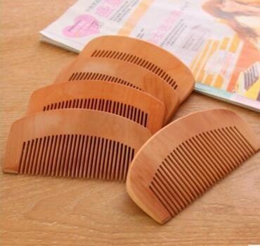 200pcs peigne peigne en bois pas cher Peach naturel Barbe peigne de poche Brosse à cheveux Can Imprimer