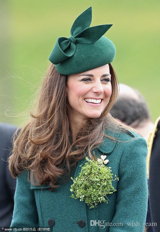 2018 Nueva Royal Princess Bowler Wool Beret Fedora Sombrero Pure Australian Gorra de lana Señoras Moda Mujeres Otoño Invierno Cena Iglesia Fedora Hat