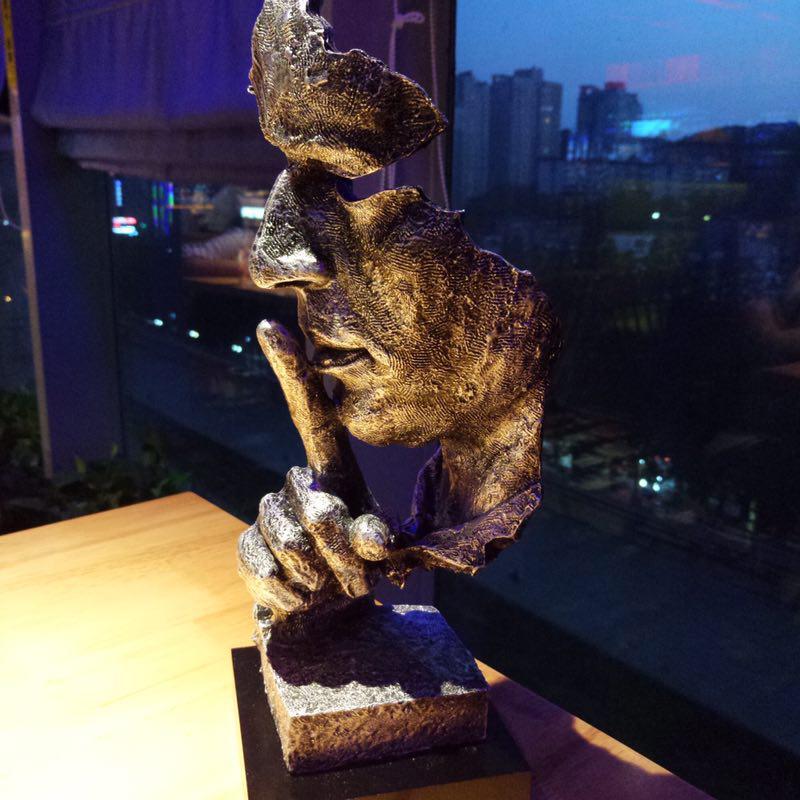 Amerikan Retro Yaratıcı Sessizlik Olduğunu Altın Soyut Heykel Zanaat Dekorasyon Ofis Oturma Odası için Yapıt Süsleme