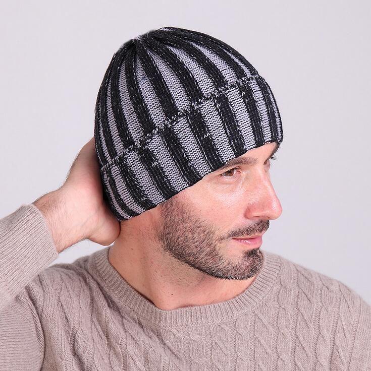 2018 New Winter Hat Knitted Beanies Hats For Men Women Caps Skullies Gorros Casual Outdoor Sport Bonnet Ski Mask Beanie Cap knit Beanie