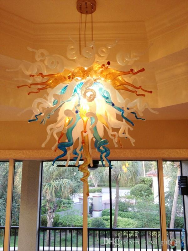 Il trasporto libero 110 / 220v AC ha condotto le plafoniere moderne del supporto del flusso d'incasso Lampadario di vetro soffiato di arte classica