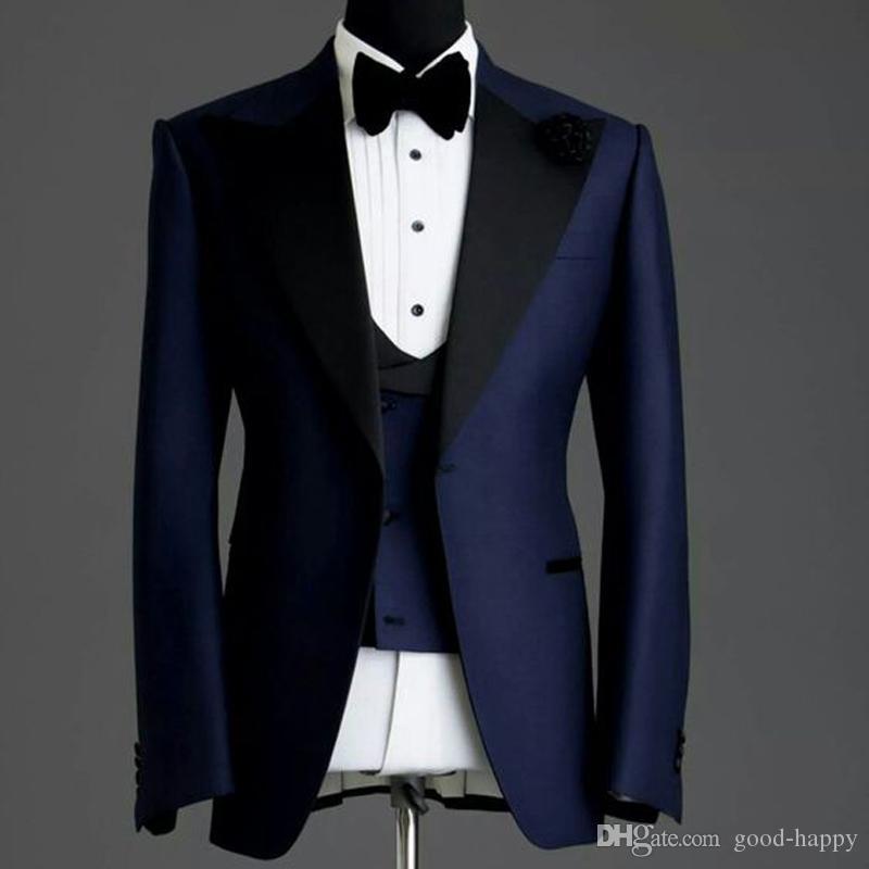 Personnalisez votre conception Tuxedos de mariage pour hommes en bleu marine Peak Lapel One Button Gux Tuxedos pour hommes Mariage / Dîner / Robe Darty (veste + pantalon + cravate + gilet) 1903