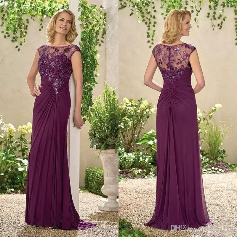 De calidad superior 2020 de la madre de la novia vestidos de escote Sheer de casquillo moldeado de la blusa del cordón acanalada una línea de ciruela gasa madre del vestido de la novia