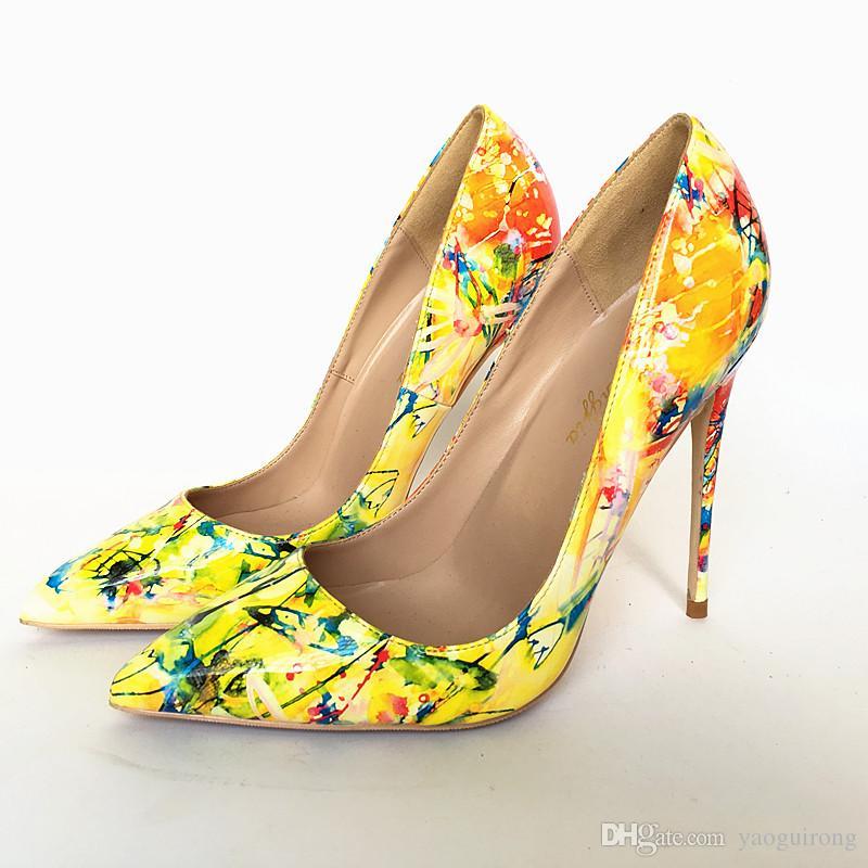 2018 nuevas marcas de moda: amarillo femenino, laca, garabato, zapatos coloridos de tacón alto, moda sexy primavera y otoño zapatos puntiagudos, personalizados 33