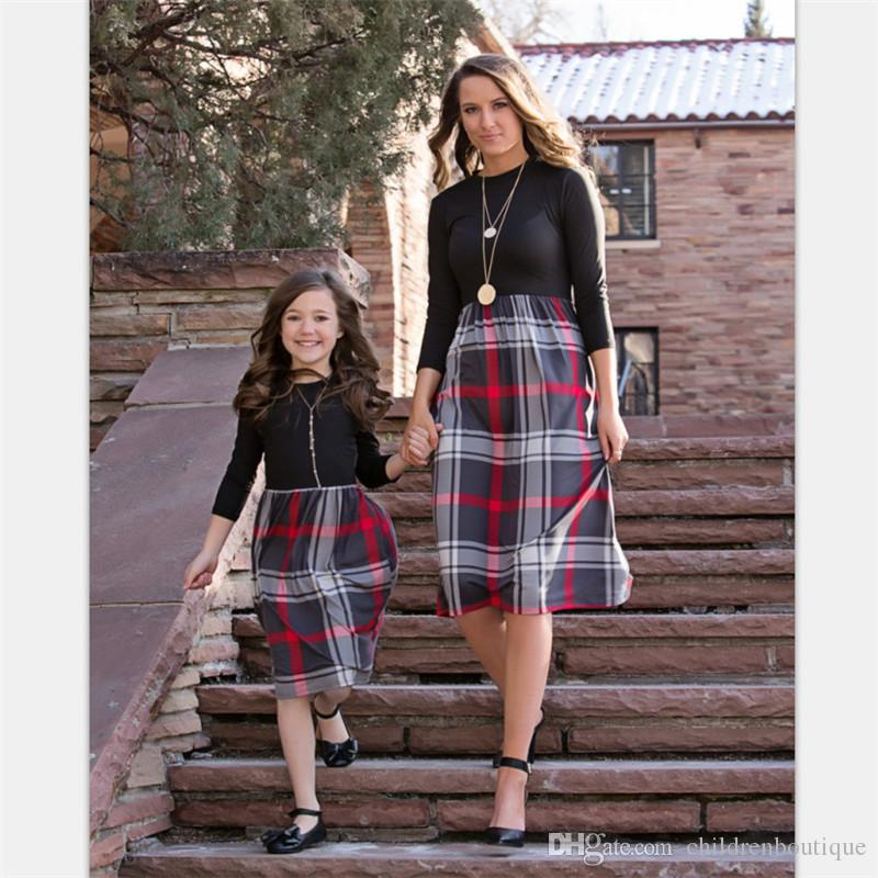 Mommy And Me Dress Family Matching Clothes Mother And Daughter Dresses 2018 Euramerican Fashion Grid Dresses Kids Girls Clothes Dresses