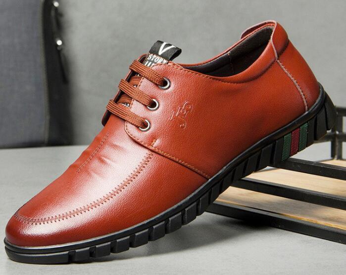 2018 Мужчины формальные обувь мужская скольжения на обувь искусственная кожа коричневый черный резинка мужчины платье обувь офис Партии свадебная обувь