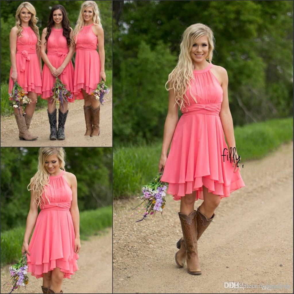 2019 Country Style Short Coral Bridesmaid Dresses High Low Cheap Halter Neck Ruched Backless Summer Boho Bridesmaid Dress