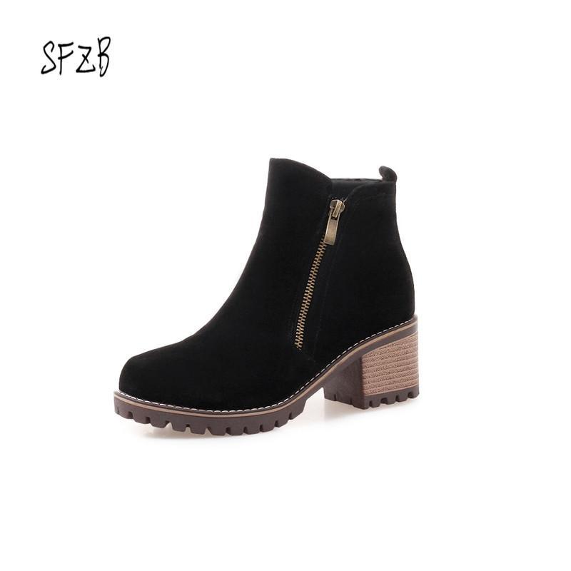 SFZB Donna Stivaletti Quadrati Tacco alto Nero Solid Zippers PU Leather Casual Fashion Platform Scarpe da donna Taglia 9 10 11 12