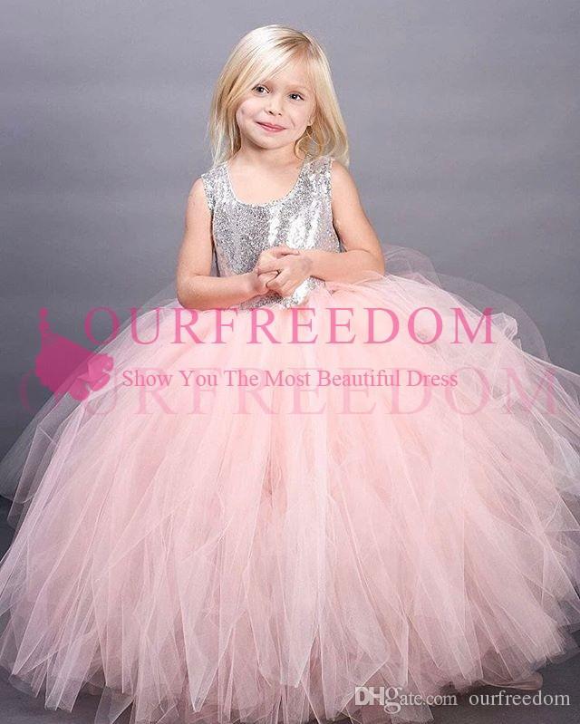 2019 novo bonito rosa tule flor meninas vestidos de prata lantejoulas puffy vestido de baile primeira comunhão vestidos custom made hot venda meninas pageant vestido