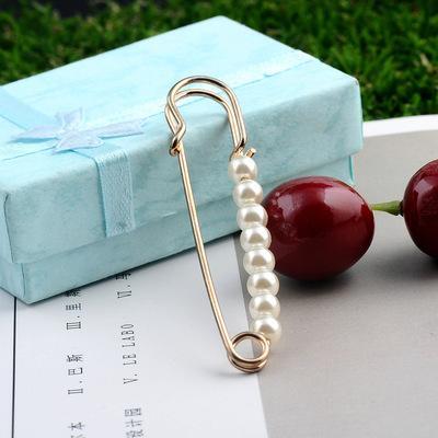 Europa e Stati Uniti gioielli perla spilla grande pin commercio estero sciarpe di seta di alta qualità pulsante gioielli abbigliamento 2.75 pollici o 7 cm