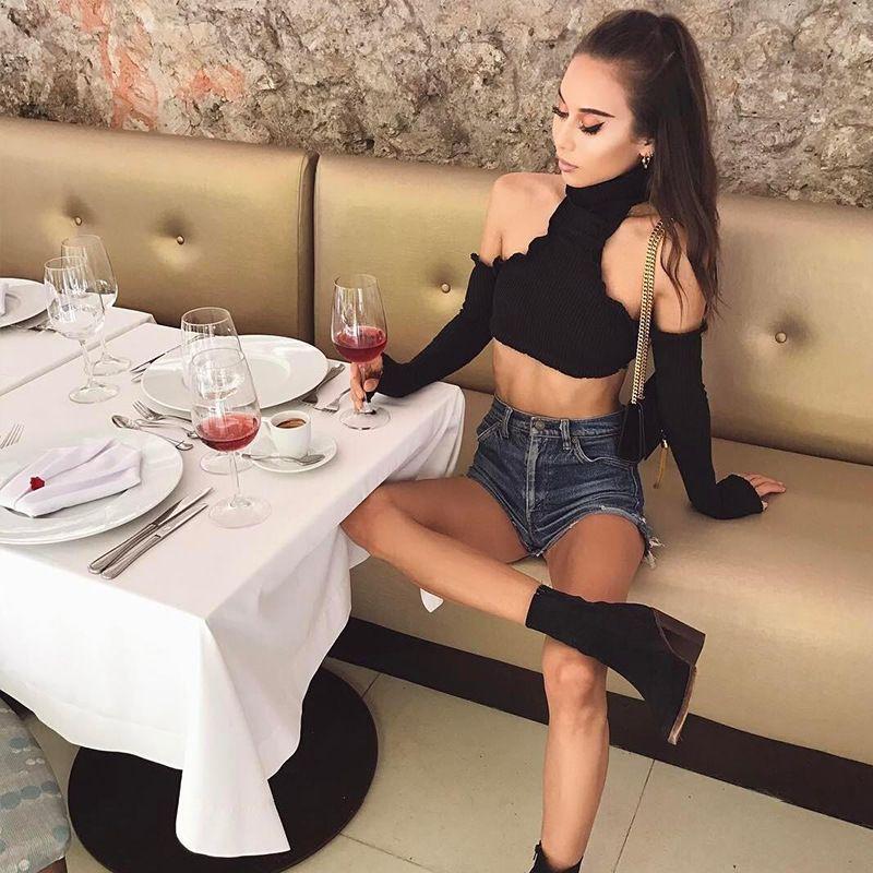 2018 Summer Modern Women Sexy Plain Halter Long Sleeve Crop Tops Stand Collar Vest With Neckerchief