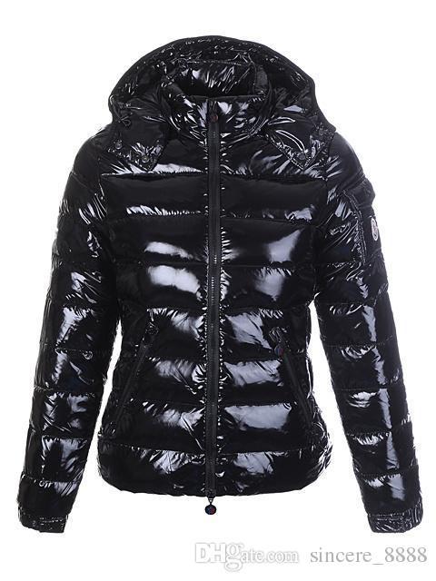 M логотип женщины белая утка вниз пальто супер легкий мягкий пуховик мода вниз парки белый черный цвет