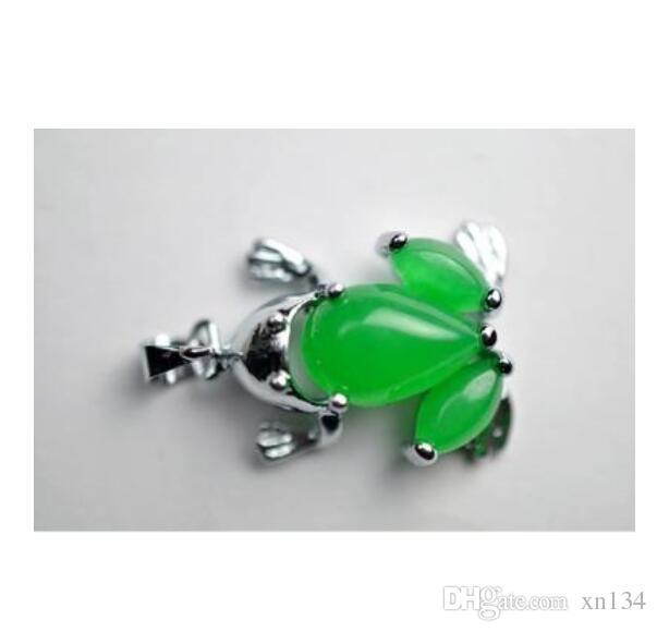 Plein de jade vert Malay Ms grenouille pendentif forme pendentif bijoux bricolage accessoires en gros