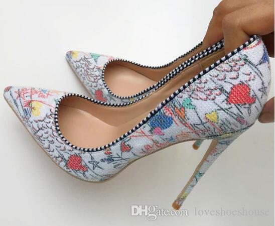 Blanco Graffiti Multicolor Mujeres Bombas Pointy Sexy Mujeres Tacones altos Spring Wedding Party Zapatos de mujer Stilettos