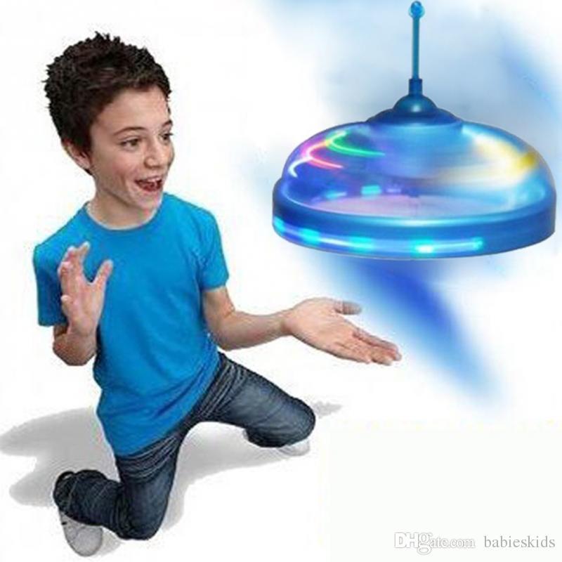 Nueva moda para niños, juguetes, sensor, platillo volante, ovni, mano, inducida, flotar, vuelo, mano, movimientos, juguete, ovni, juguetes deportivos, juego al aire libre