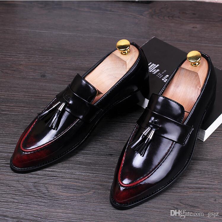2018 nuovi uomini di stile britannico designer punta a punta in pelle mocassini oxfords maschili scarpe da ballo nappa partito wedding uomini vestito scarpe s19