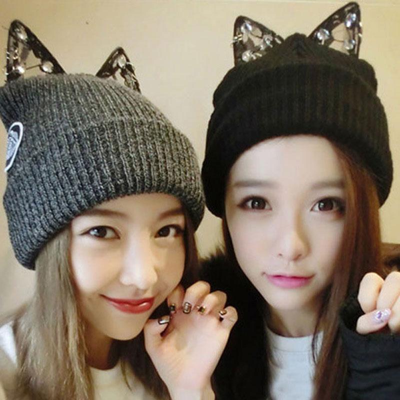 Mulheres quentes Inverno Quente Beret Lace Rhinestone Cat Orelha Crochet Knit Beanie Ski Cap Hat