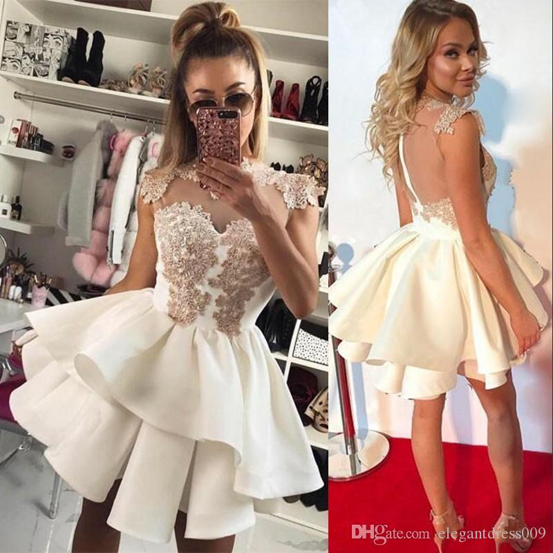 2018 New Fashion Short Lace Homecoming Dresses Jewel Neck Illusion Back Applique A Line Pleats Ruffles Cocktail Party Gowns Prom Dresses