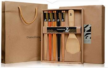 juegos de regalo palillos de bambú cuchara de madera al por mayor de vajilla favor de la boda regalo promocional
