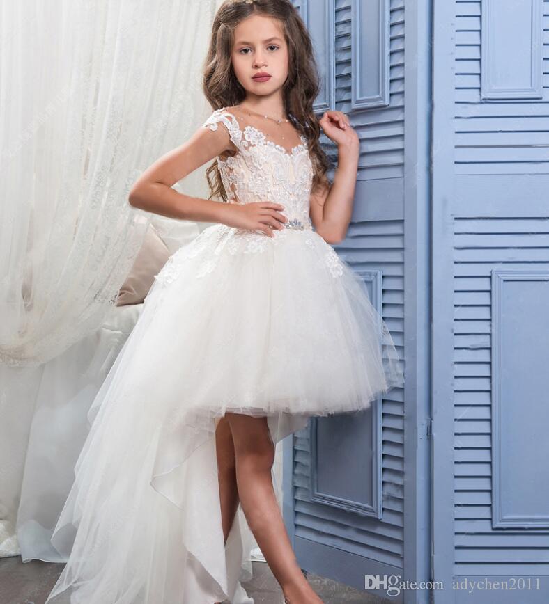 Hi Lo Pageant Dresses for Girls Krótki Przód Długi Tule Tulle Koronkowe Aplikacje Kwiat Dziewczyna Komunia Suknie Eleganckie 2018 Custom Made Designer