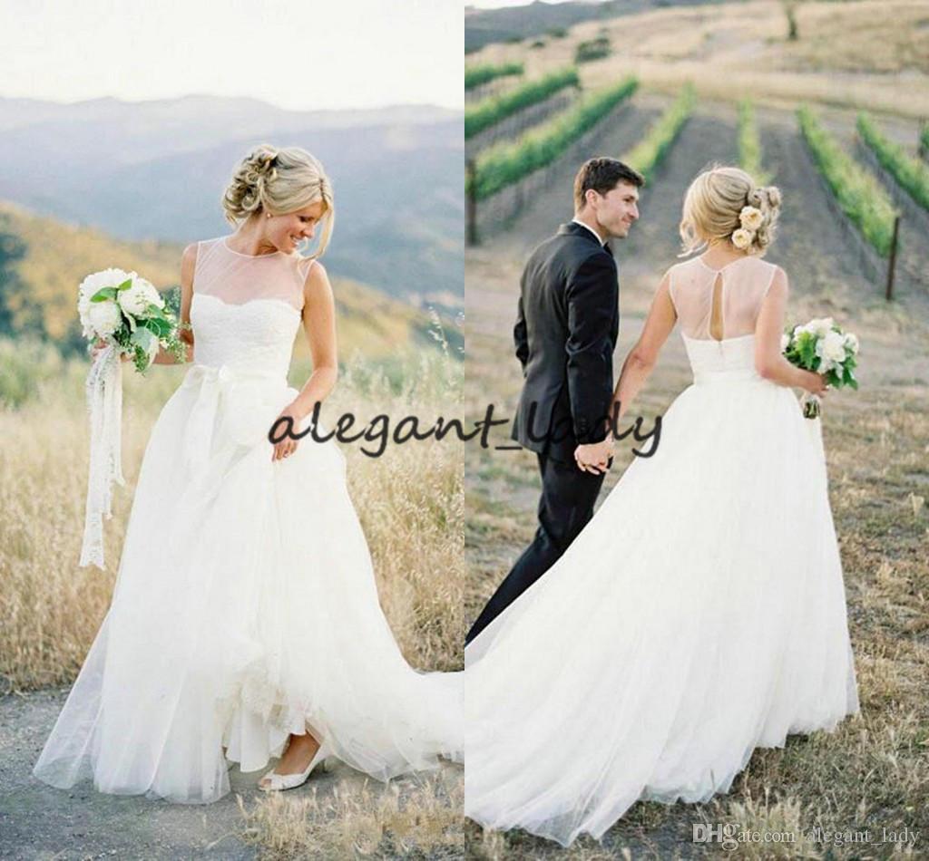 Abiti da sposa bohemien 2018 Modest Sheer Jewel Neck Fairy Tulle Skirt Abito da sposa Western Country Cowgirl stile country vintage