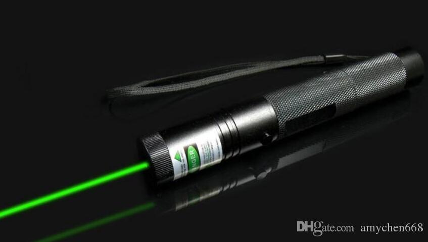 Powerful Rechargeable Battery303 Cheap Green Laser Pointer Pen Adjustable Focus Military Twinkling Star With Safety Key Lazer Flashlight