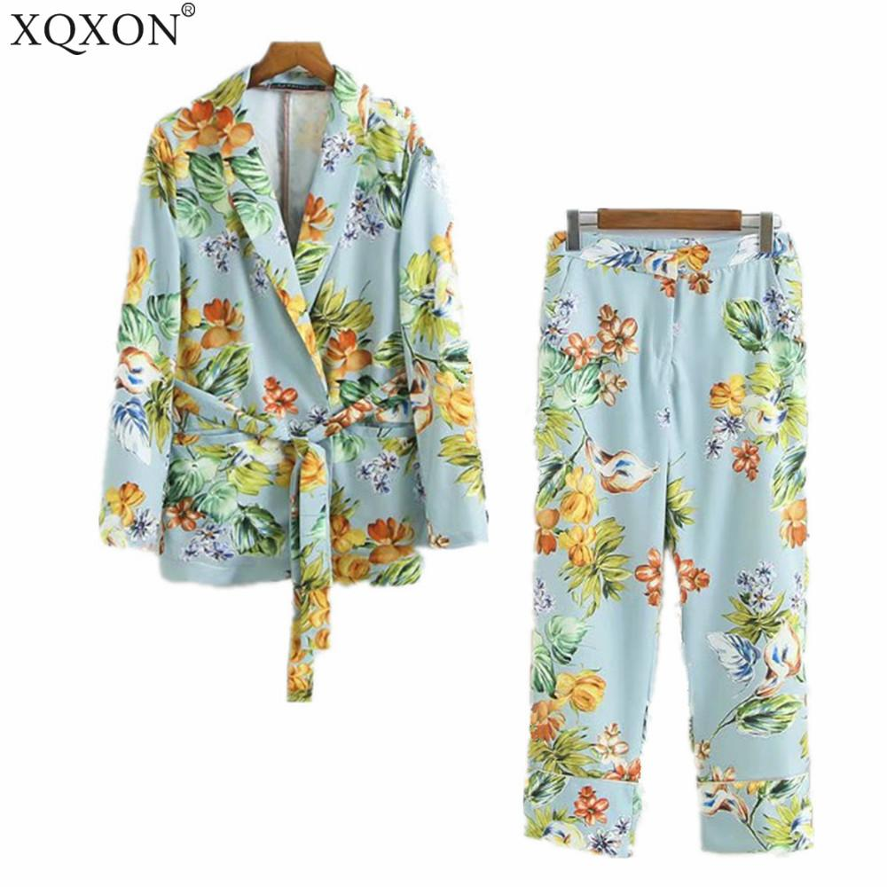 Autumn 2018 Women's suit European style holiday lady's pajamas flower pattern blue Blazer And Pant suit casual two / piece