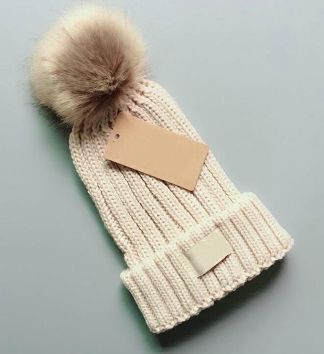 2018 mens cappelli firmati berretto invernale beanie cappello di lana lavorato a maglia più velluto cap skullies maschera più spessa Berretti con frange per uomo