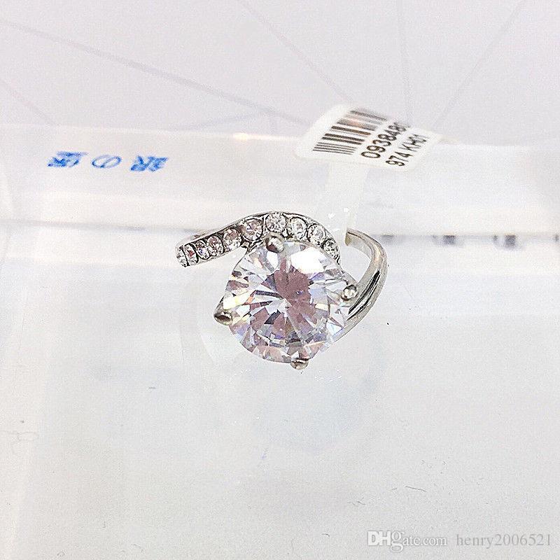 beautiful woman's CZ zircon Wedding Engagement Anniversary 18K white gold 4 ct wedding ceremony ring size 8
