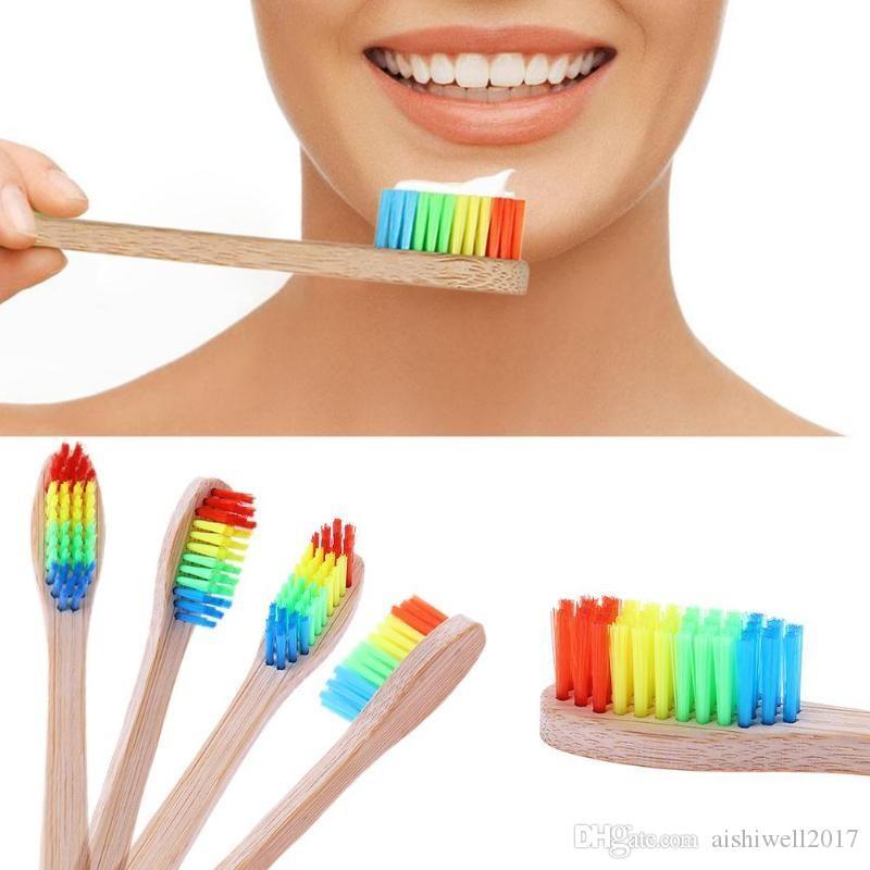 الملونة رئيس الخيزران فرشاة الأسنان الجملة البيئة خشبية قوس قزح الخيزران فرشاة الأسنان العناية بالفم شعيرات ناعمة جودة عالية