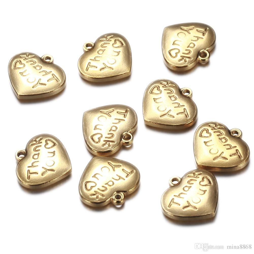 50pcs / lot 14 * 15mm couleur argent / or Amour Gravé Coeur Charmes en acier inoxydable Alphabet Pendentif Charme pour Bijoux collier Making DIY Bricolage