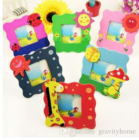 Marco de fotos NAIYUE 1pcs Nuevos Productos Marco de fotos de madera colorida de dibujos animados Marco de madera para el juguete del regalo del bebé Decoración del hogar