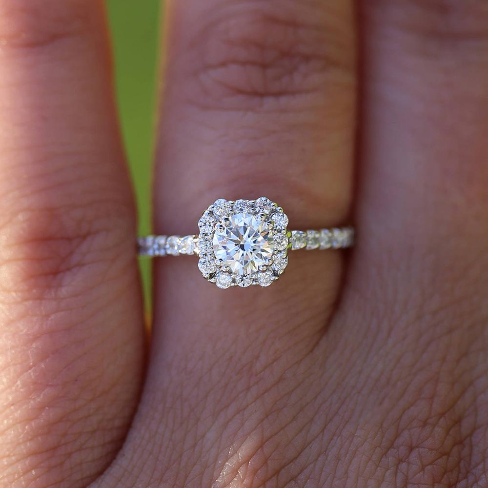 2020 14k White Gold Round 3 Carat Df Moissanite Engagement Halo Ring With Small White Round Lab Diamond Wedding For Women S923 From Ruiqi08 1 411 44 Dhgate Com
