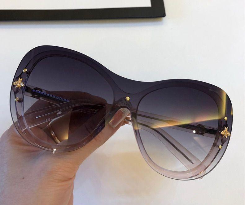 women square Sunglasses Clear Glitter Frame Grey Fashion Sunglasses for women new with box NUMGG180926-46