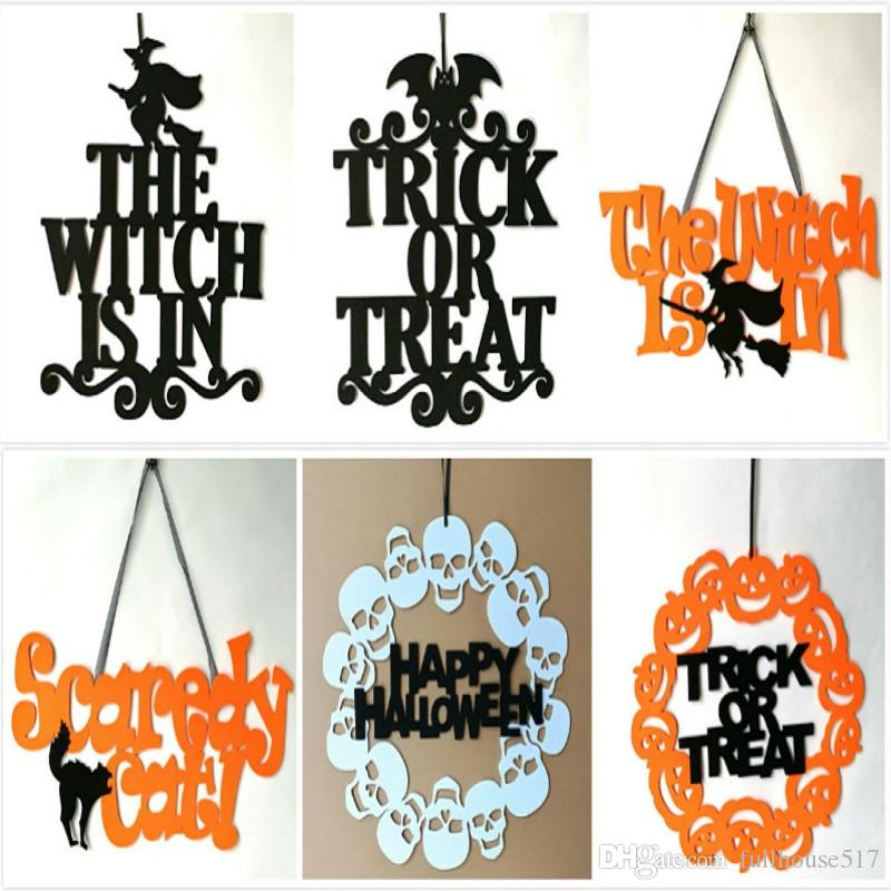 Colgando de Halloween del truco o de la invitación decoración de la muestra La bruja está en calabaza Adornos Puerta colgar de la pared Ghost Festival del partido del hogar al aire libre