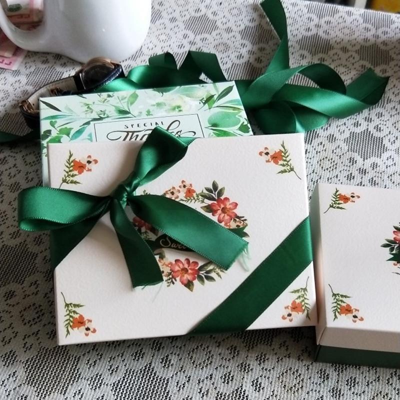 무료 배송 50pcs 대형 럭셔리 리본 웨딩 생일 손님 이벤트 파티 담배 초콜릿 캔디 찬성 상자