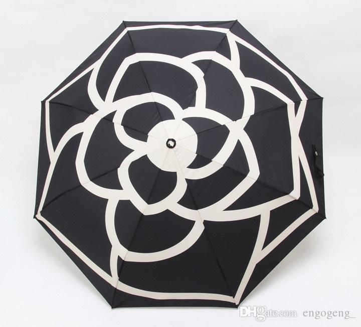 Lüks Klasik desen Kamelya Çiçek logosu Şemsiye Kadınlar Için 3 Fold Lüks Şemsiye hediye Kutusu Ve Çanta Ile Yağmur Şemsiye VIP hediye