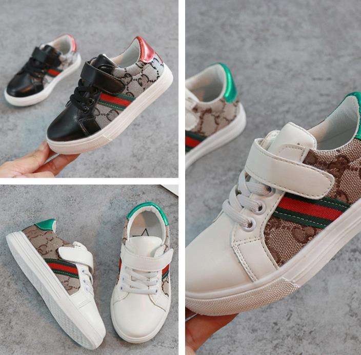 Mode enfants chaussures 2018 printemps nouvelles chaussures de sport pour garçons et filles occasionnels sports enfants blancs grands enfants chaussures de mode. Livraison gratuite