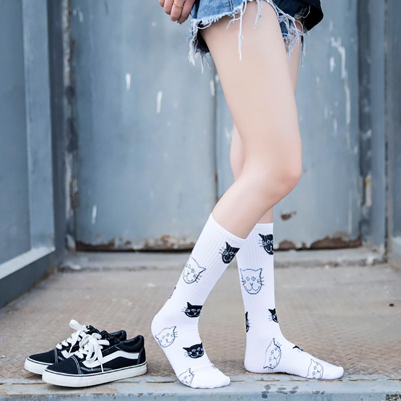 meilleures baskets a65e5 1d954 2019 Happy Socks Men Woman Cotton Harajuku Lovely Cat Long Crew Hip Hop  Couple Skateboard Sock Streetwear Casual Crew Socks From Peanutoil, $22.08  | ...