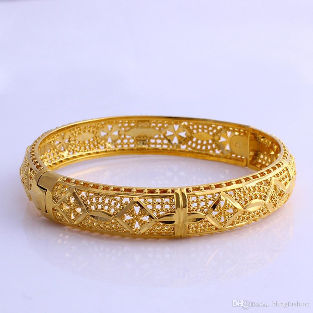 I monili apribili del braccialetto delle donne vuote 18k oro giallo riempiono gli accessori di modo solidi per il diametro 60mm del partito delle donne