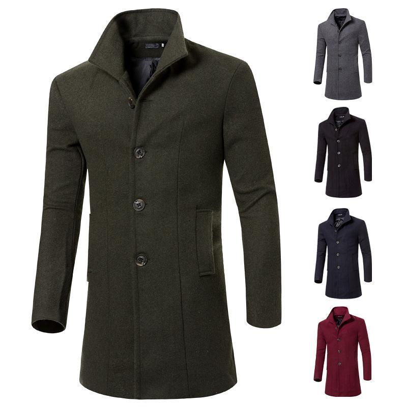 Il periodo primaverile e autunnale e il nuovo cappotto lungo a maniche lunghe, puro trench in lana da uomo