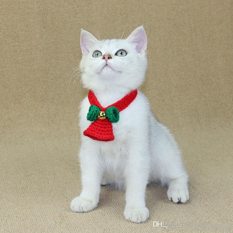 934d14d85f584 ... Collier pour chat de Noël pour chat avec collier pour chat avec cloche  de Noël écharpe ...