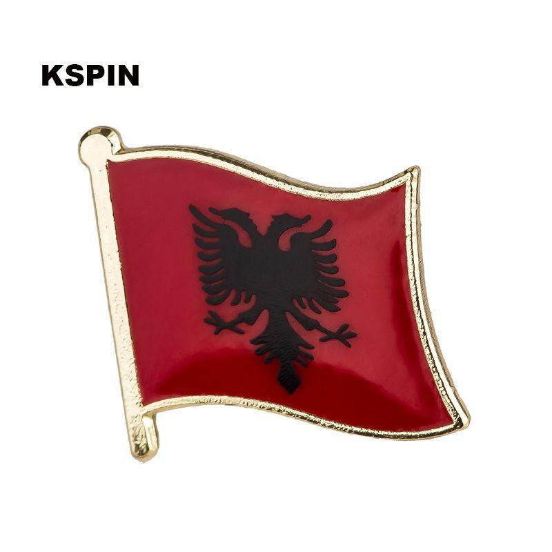 Il 10pcs della bandiera del distintivo della bandierina dell'Albania spilla trasporto libero KS-0001