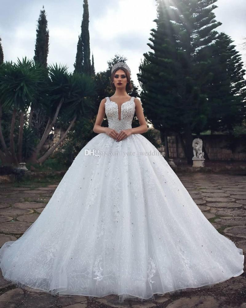 luxury ball gown wedding dresses crystal sequins lace tulle saudi arabic  bridal dresses sparkle wedding gowns cathedral train linen wedding dress  plus