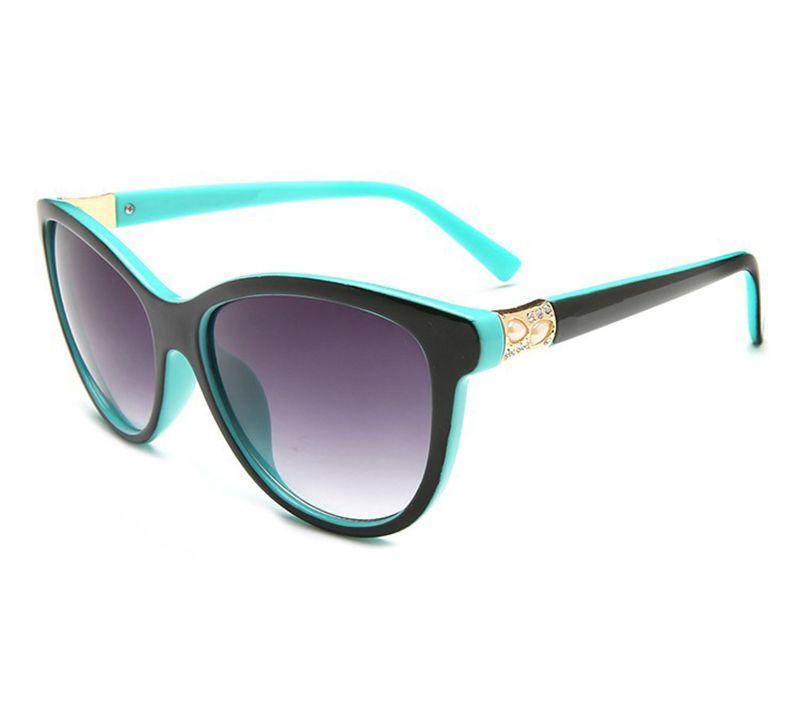 2606 مصمم النظارات الشمسية العلامة التجارية النظارات في الهواء الطلق ظلال الكمبيوتر الإطار الأزياء الكلاسيكية سيدة النظارات الشمسية الفاخرة المرايا المرايا للنساء