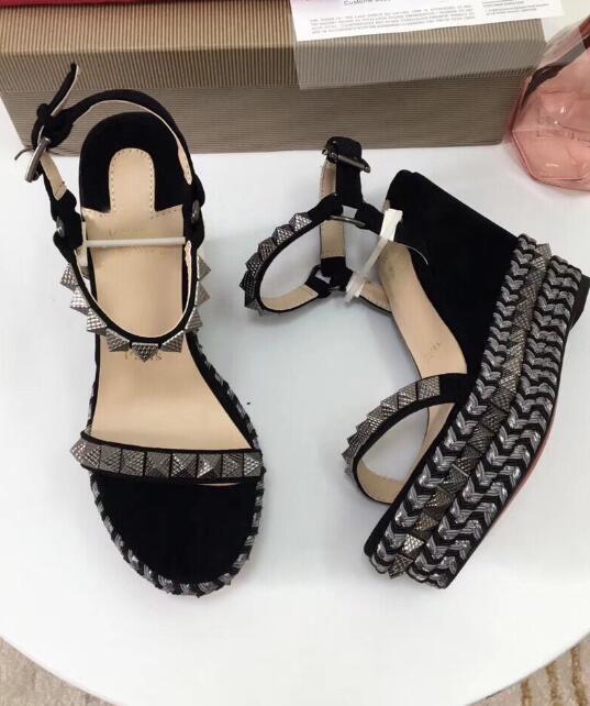 Été Rivets Pointu Sandales Gladiateur Pierres Cloutés Sandales Gladiateur Designer Femmes Pas Cher Bas Rouge Chaussures Partie De Mariage Zapatos Mujer