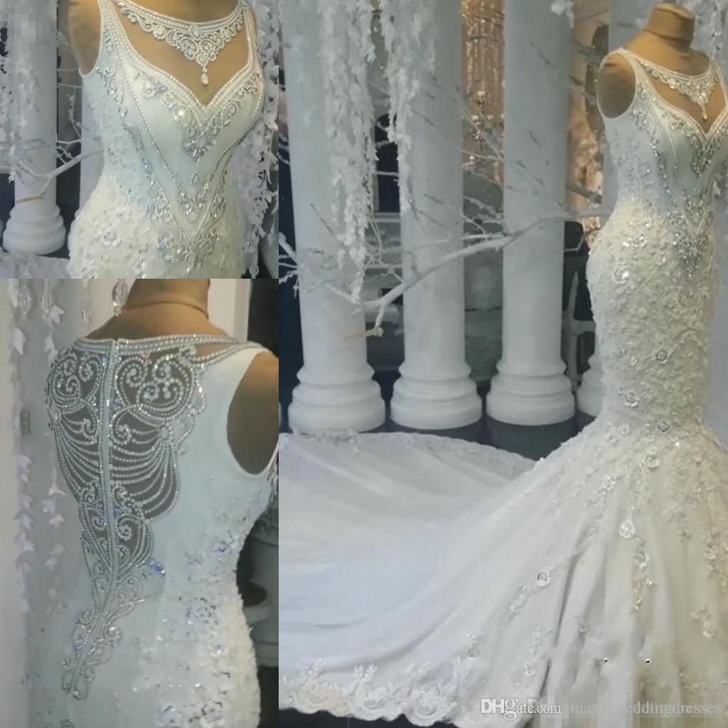 Atemberaubende ärmellose Kristall Brautkleider 2019 Mermaid Brautkleider auf Verkauf Charming Luxury Mopping Long Section Brautkleider