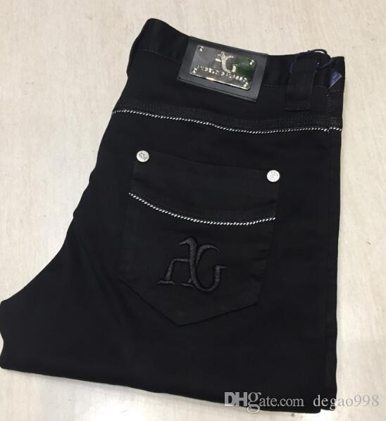 Jeans Herren 2018 neue Art und Weise Nähte einfache britische bequeme bestickte Hose schwarz