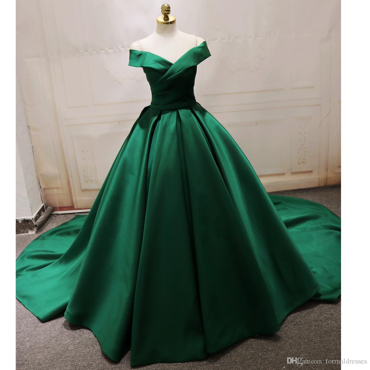 Green Ball Gown Quinceanera Dress Cap Sleeve Corsetto Satin Sweep Train Sweet 16 Abiti Evening Pageant Vestido De 15 Anos Homecoming Wear